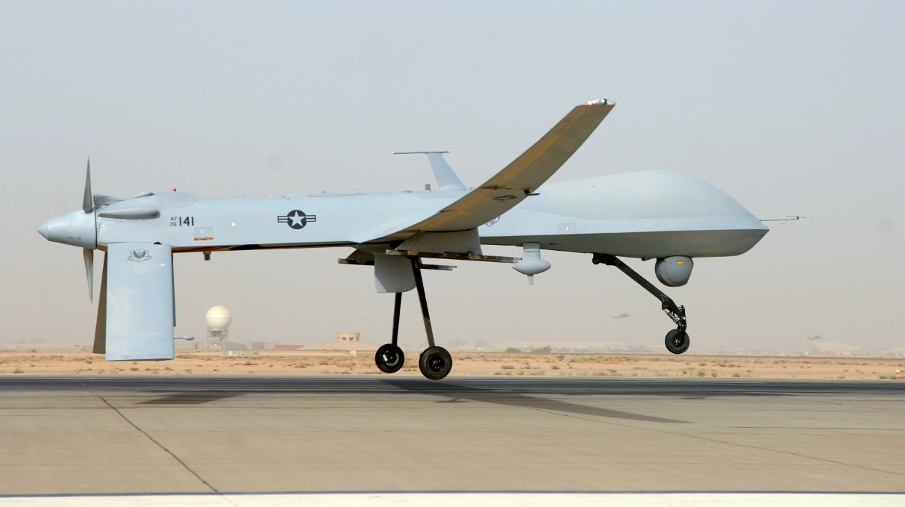 MQ-1B Predator - Take off