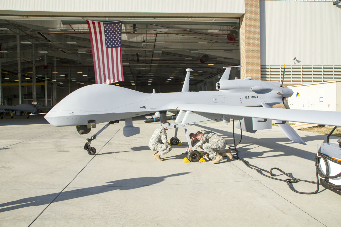 MQ-1C Gray Eagle - Pre-flight check-up