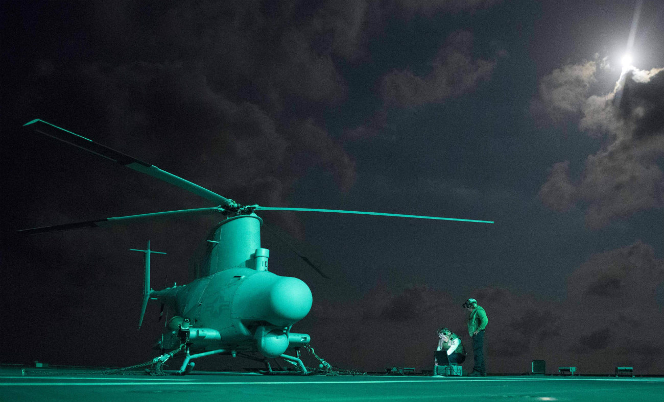 MQ-8B Fire Scout - Pre-flight check-up