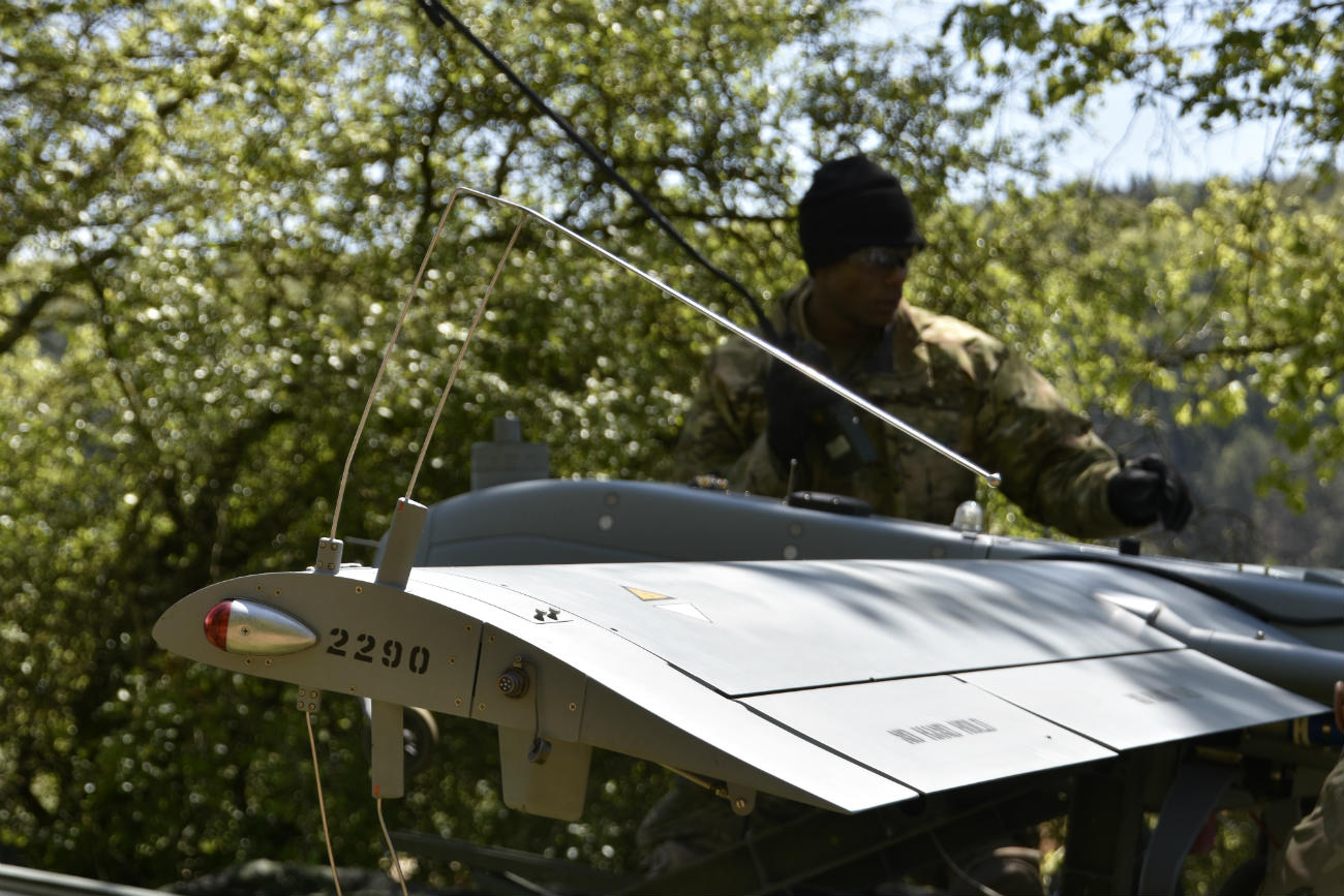 RQ-7 Shadow - Pre-flight check-up