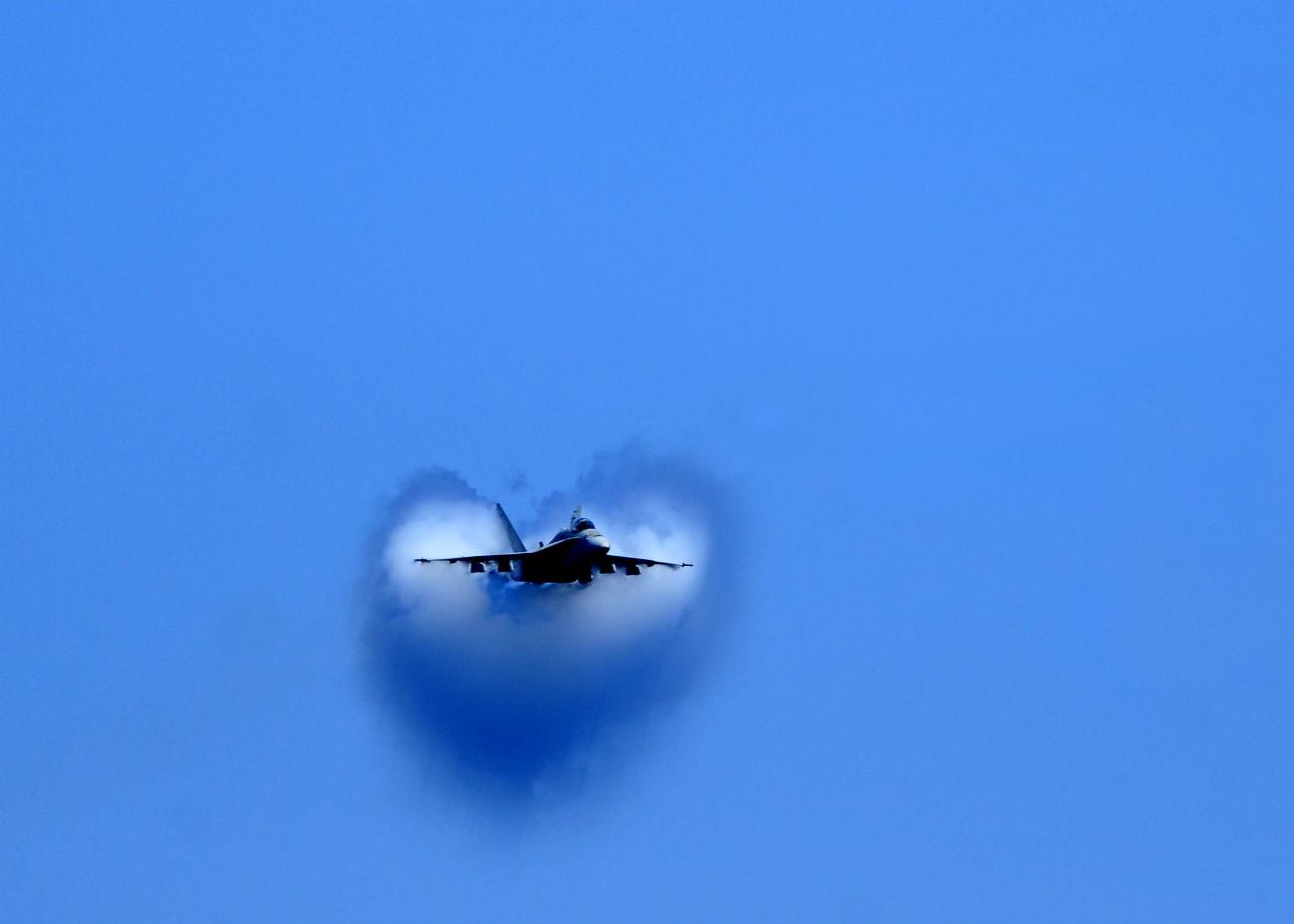 FA-18F Super Hornet breaks through the sound barrier during an air power demo