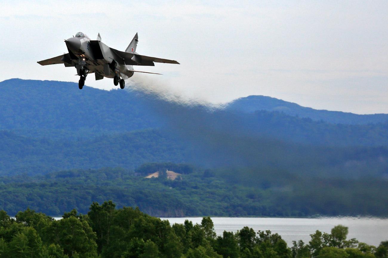 MiG-31 initial climb