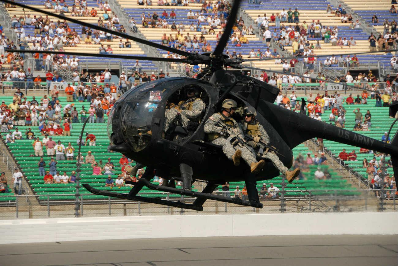 MH-6 Little Bird aeriel infiltration demonstration