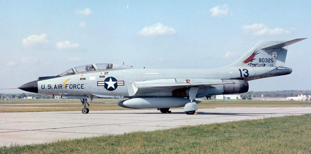 F-101 side view