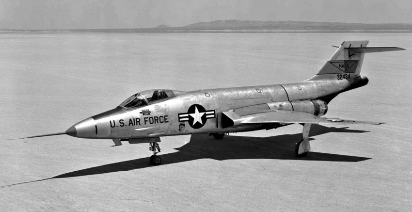 F-101 in the desert, 1956
