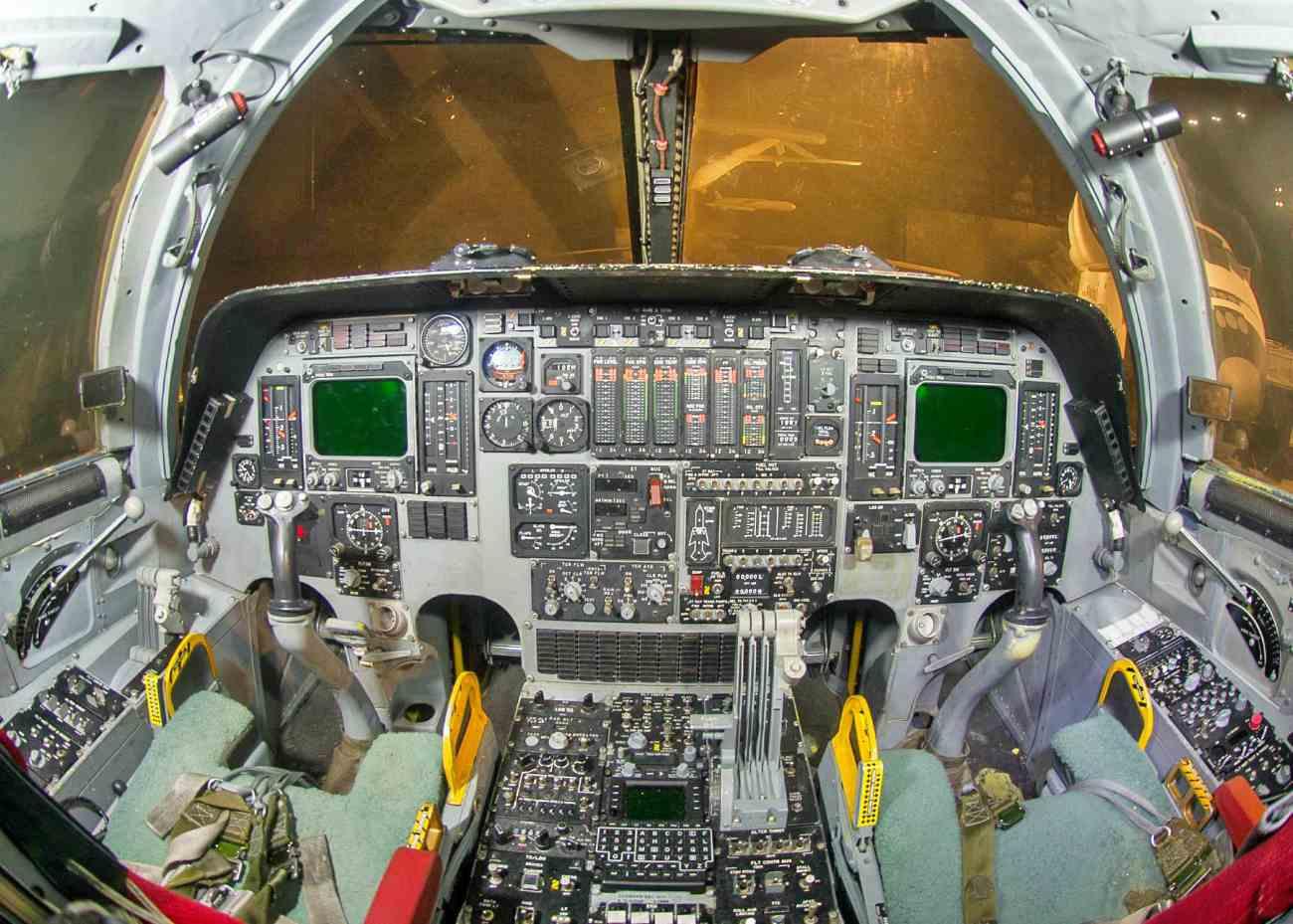 Fighter Jet Cokpit, B-1 cockpit