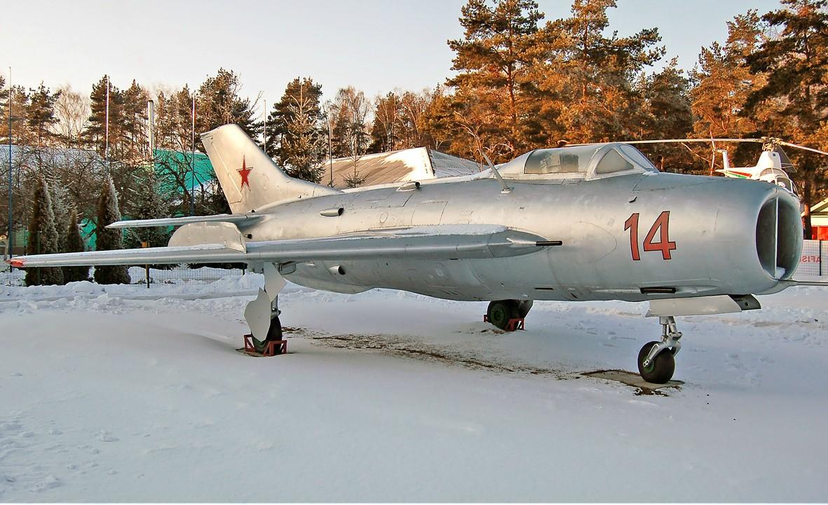 MiG-15 fighter jet