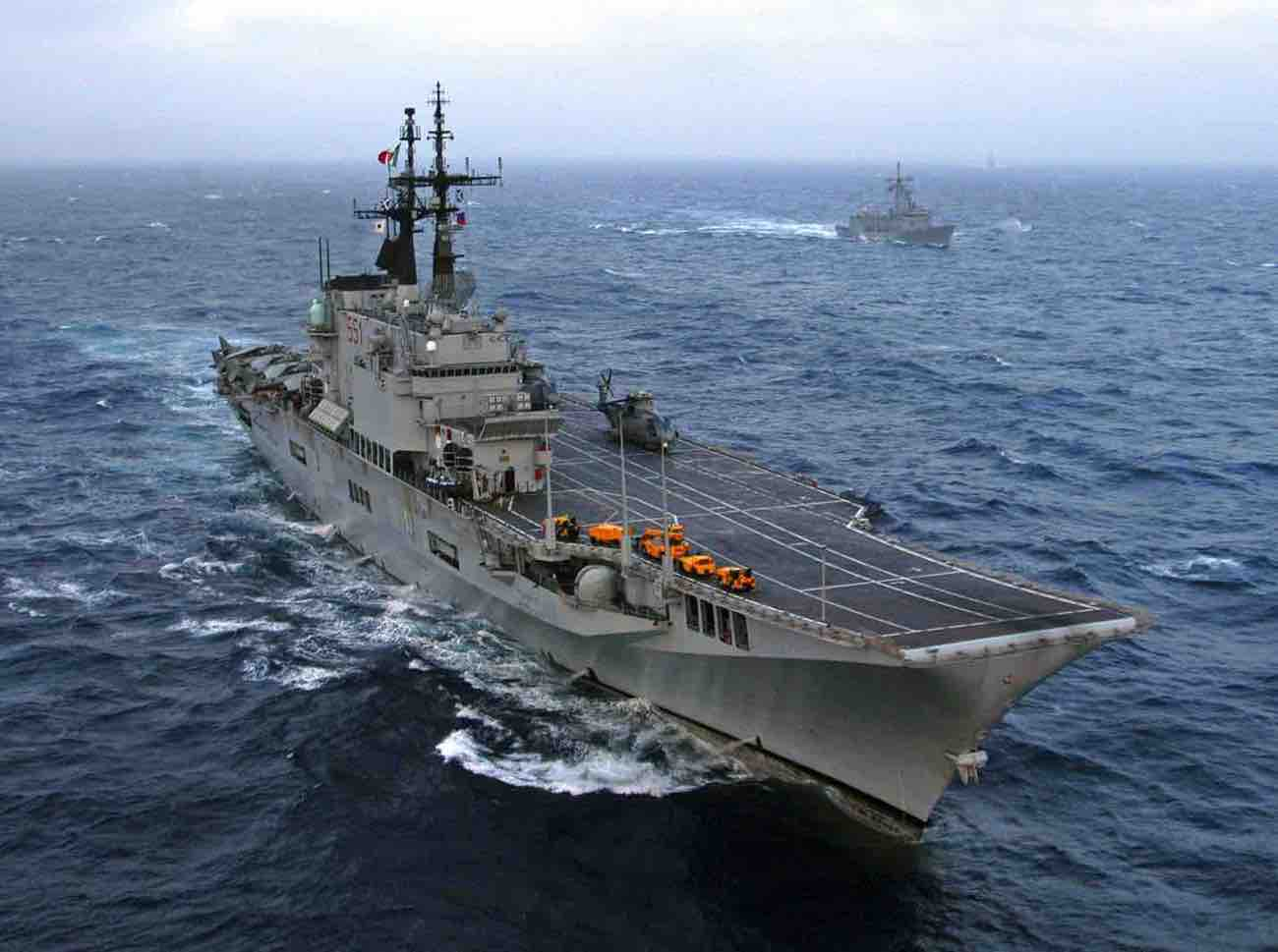 Italian carrier Giuseppe Garibaldi 2 - Active Aircraft Carriers.