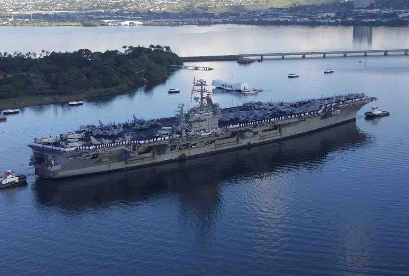 USS Carl Vinson-2