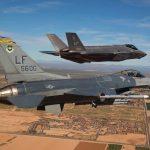 F35 vs F16, fighters in flight