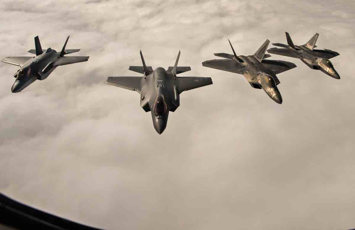 F-22 and F-35 aerial refuel