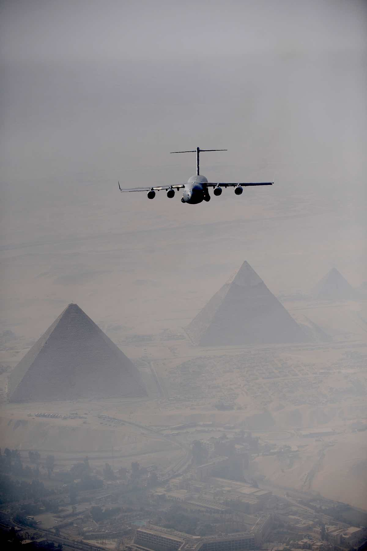 C-17 over Pyramids, C-17 Facts