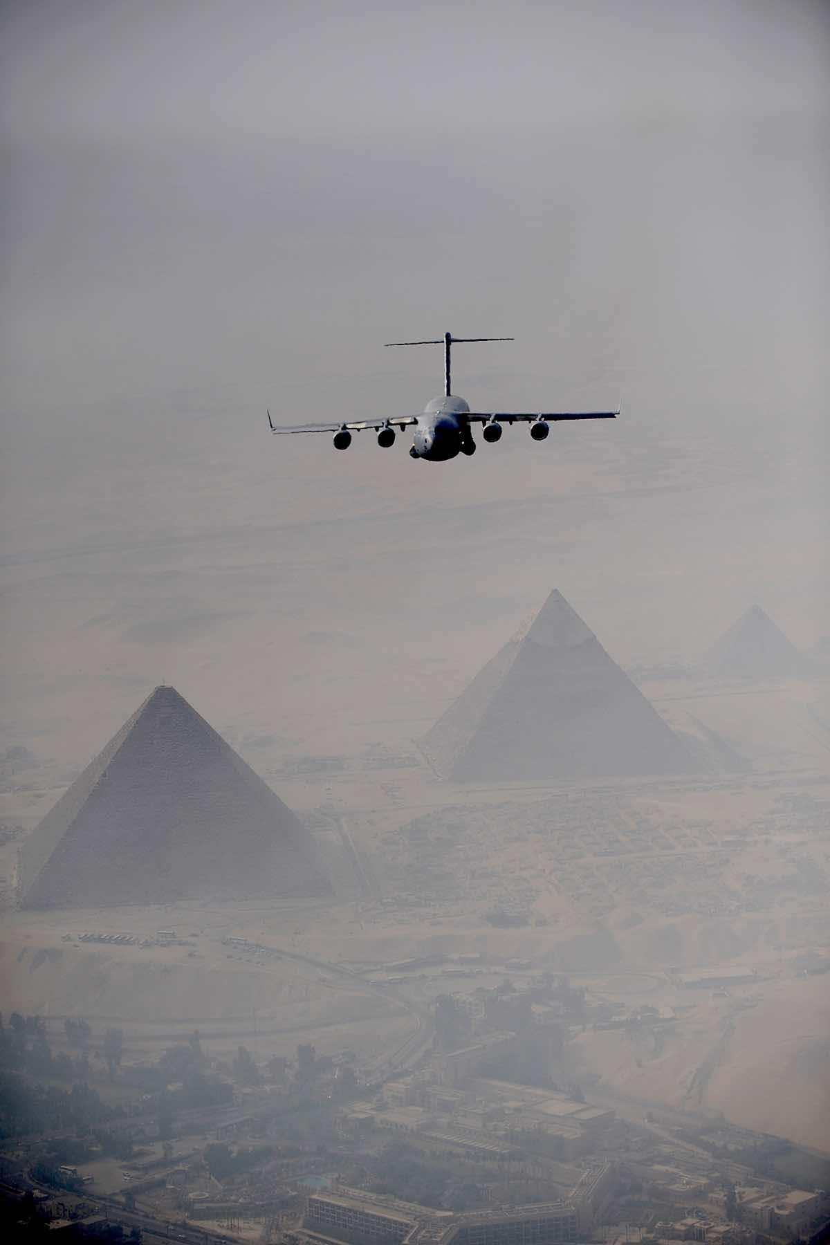 C-17 over Pyramids, C-17 Facts