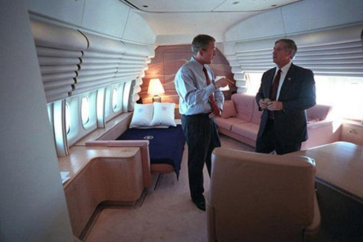 Air Force One facts, bedroom