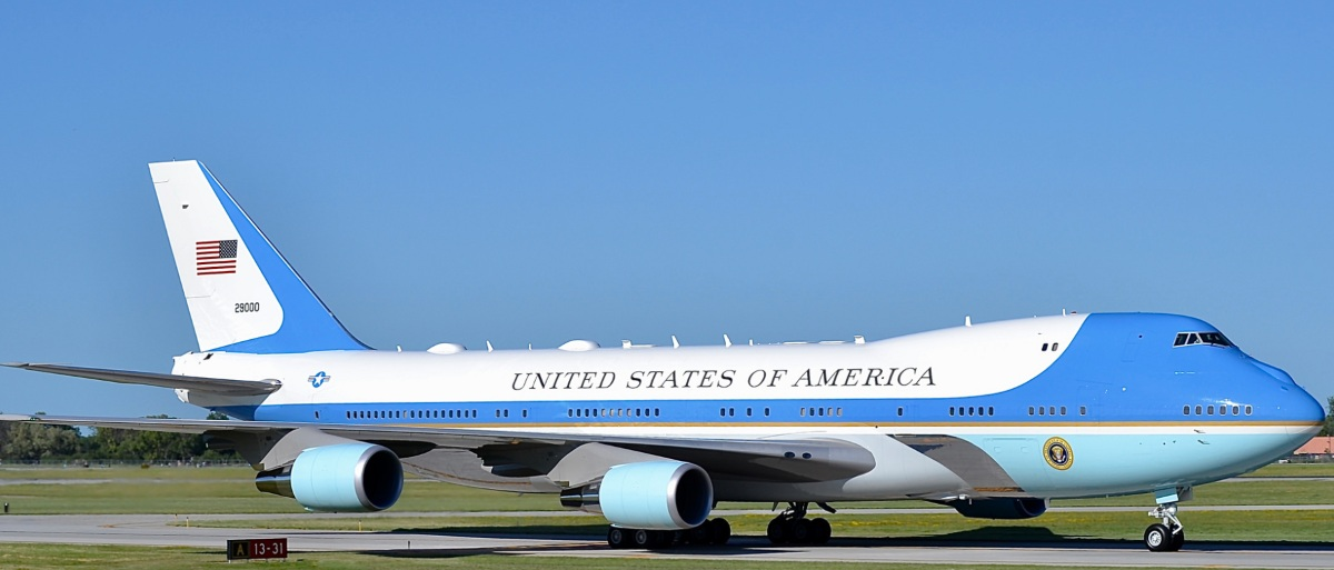 Air Force one facts, colors