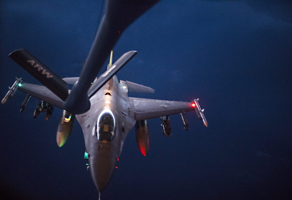 28th EARS refuels F-15s and F-16s over Iraq