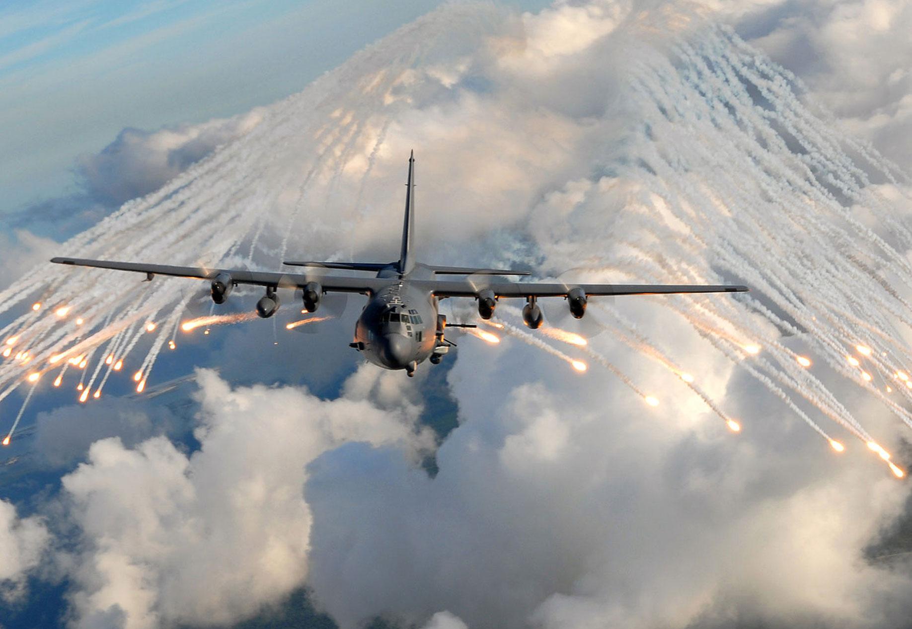 Lockheed C-130 Hercules Military Aircraft | Military Machine