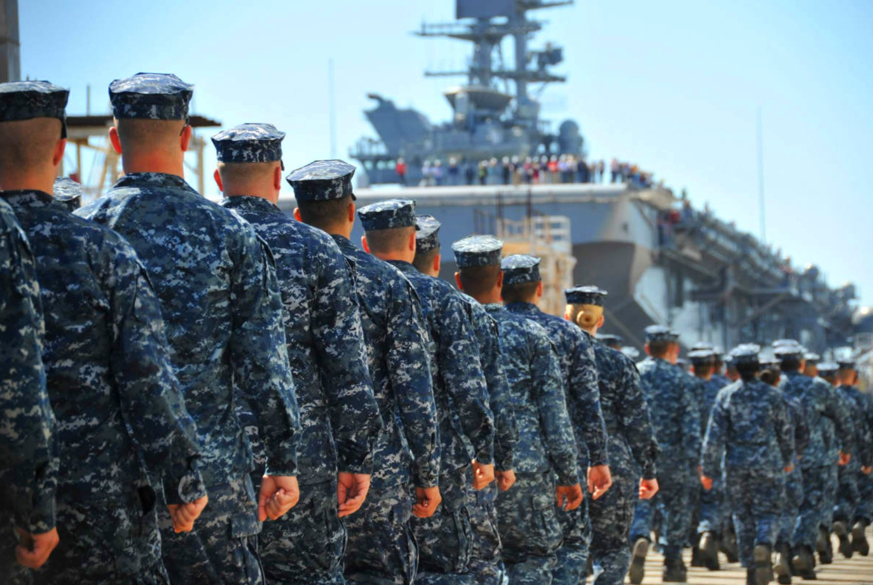 7 Strict Facts About US Navy Uniforms | Military Machine