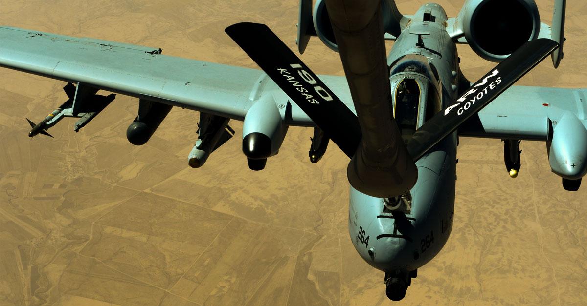 A-10 Warthog refuel