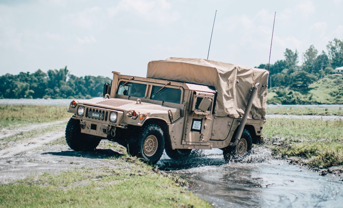 Humvee facts and versions